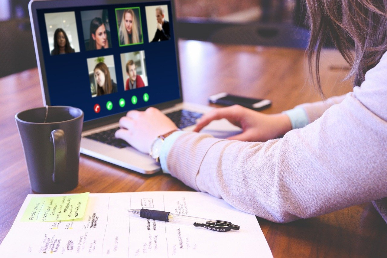 How to Enhance your Virtual Meeting Experience?